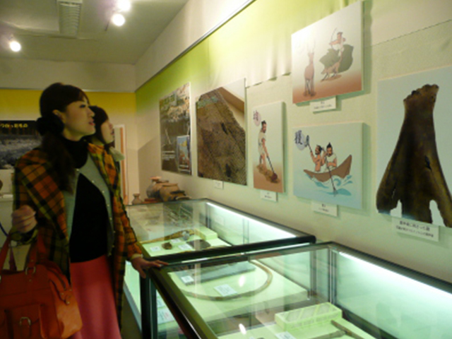 青谷上寺地遺跡展示館