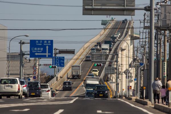 江島大橋ーベタ踏み坂ー