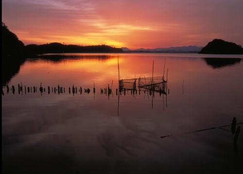湖山池・青島